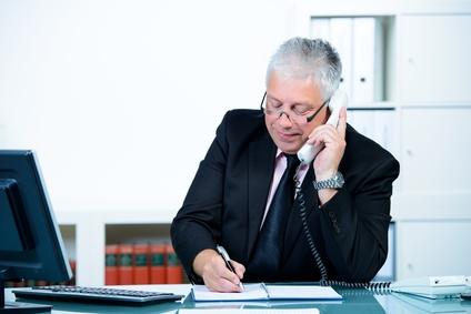Der Artikel gibt Tipps wie man den passenden Anwalt findet.