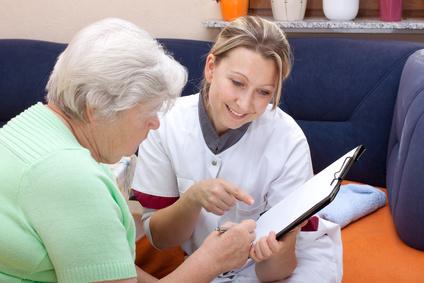 Artikelgebend sind erste Schritte im Pflegefall.