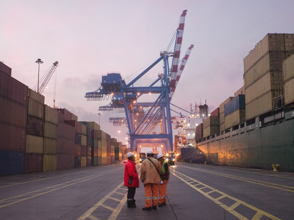 Der Hamburger Hafen: Hier gehen Fachkräfte vor Anker