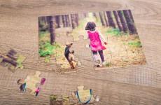 Bei der Wahl des zugrunde liegenden Fotos ist man völlig frei - das kann ein Familienfoto, ein lustiger Schnappschuss oder die Urlaubserinnerung sein. Foto: djd/fotopuzzle.de